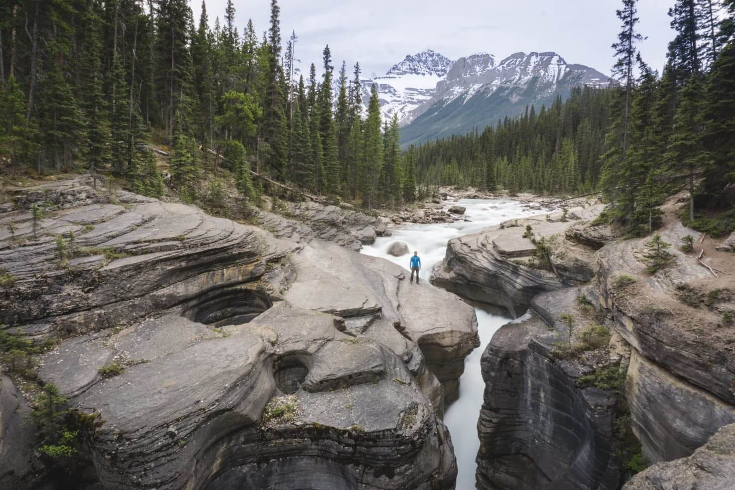 Icefields Parkway itinerary - Mistaya Canyon