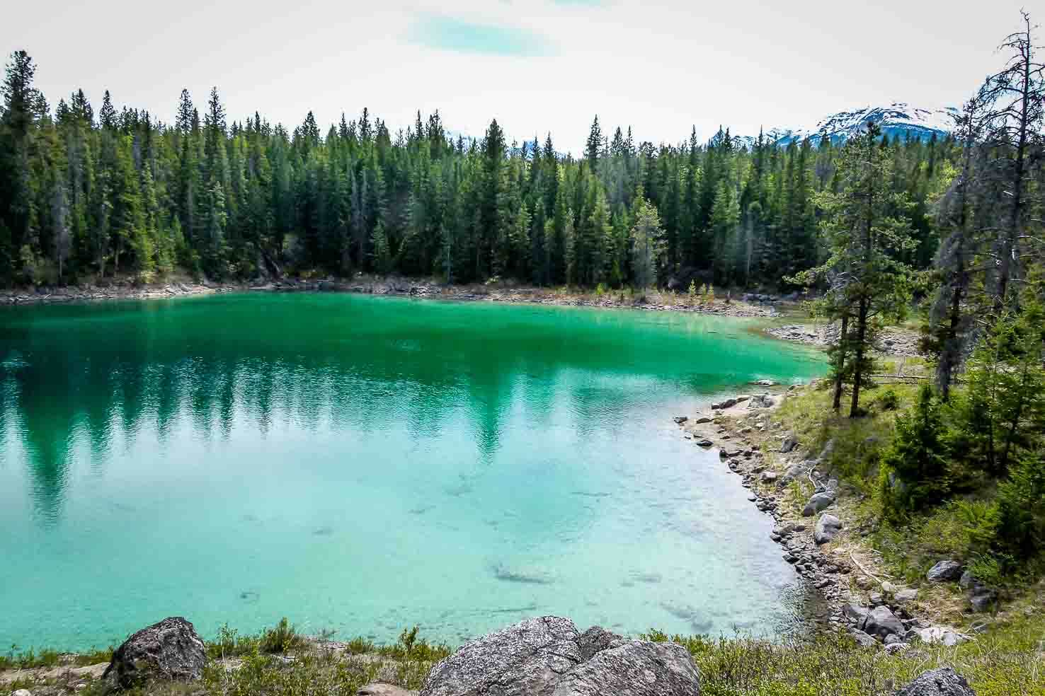 Icefields Parkway itinerary: Valley of the Five Lakes Hike in Jasper National Park