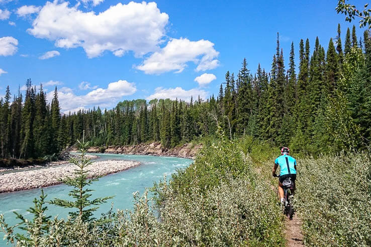get off the beaten path in jasper national park