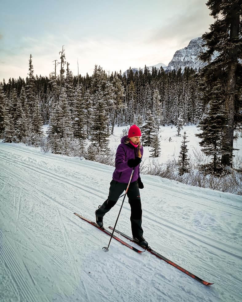 Cross country ski trails in Banff National Park - Great Divide Trail in Lake Louise