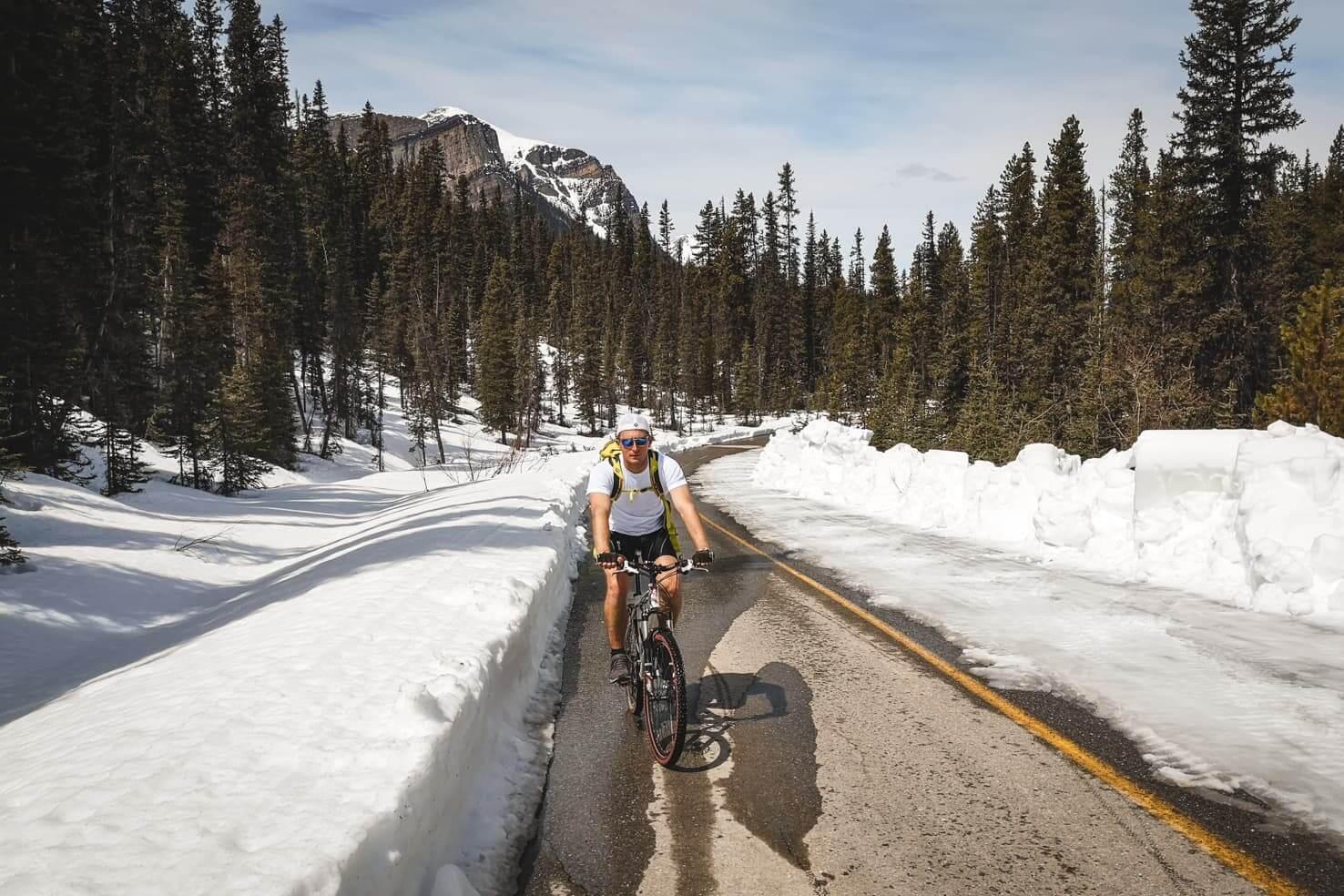 Bike trails around Banff - Moraine Lake