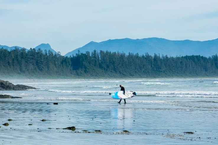 32 outdoor things to do on Vancouver Island-Surfing