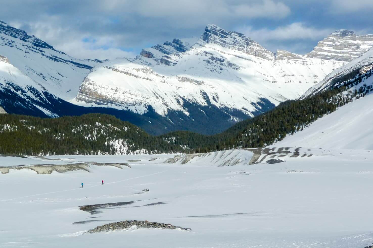 100 best things to do in Banff National Park, Canada - Cross country ski to Moraine Lake or Saskatchewan Glacier 2