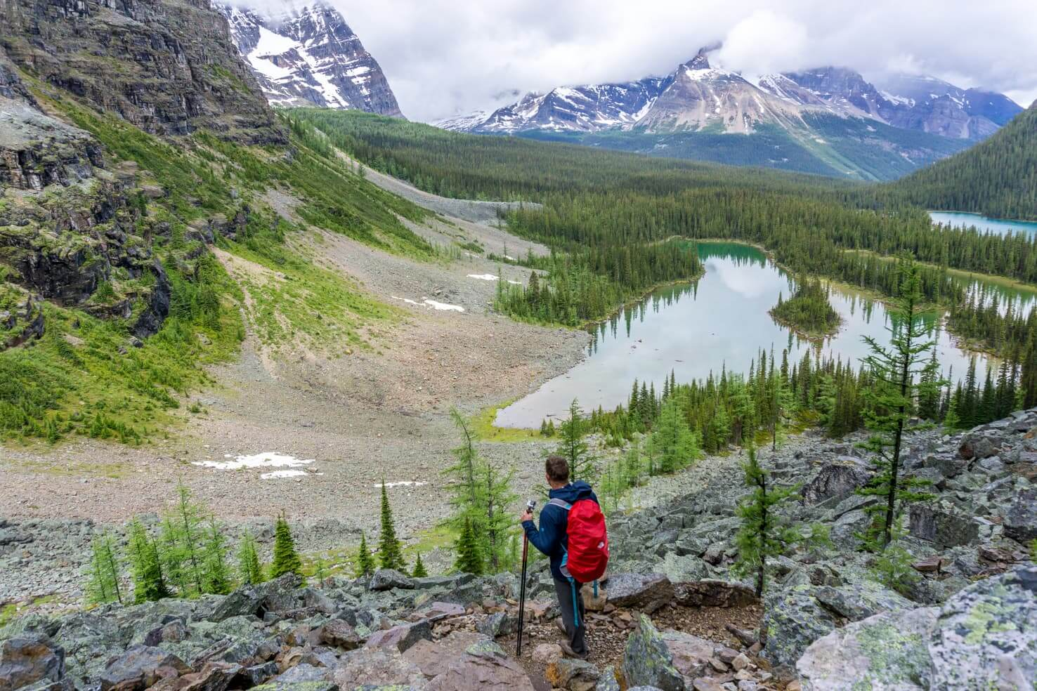 100 best things to do in Banff National Park, Canada - Stay overnight at magical Lake O'Hara