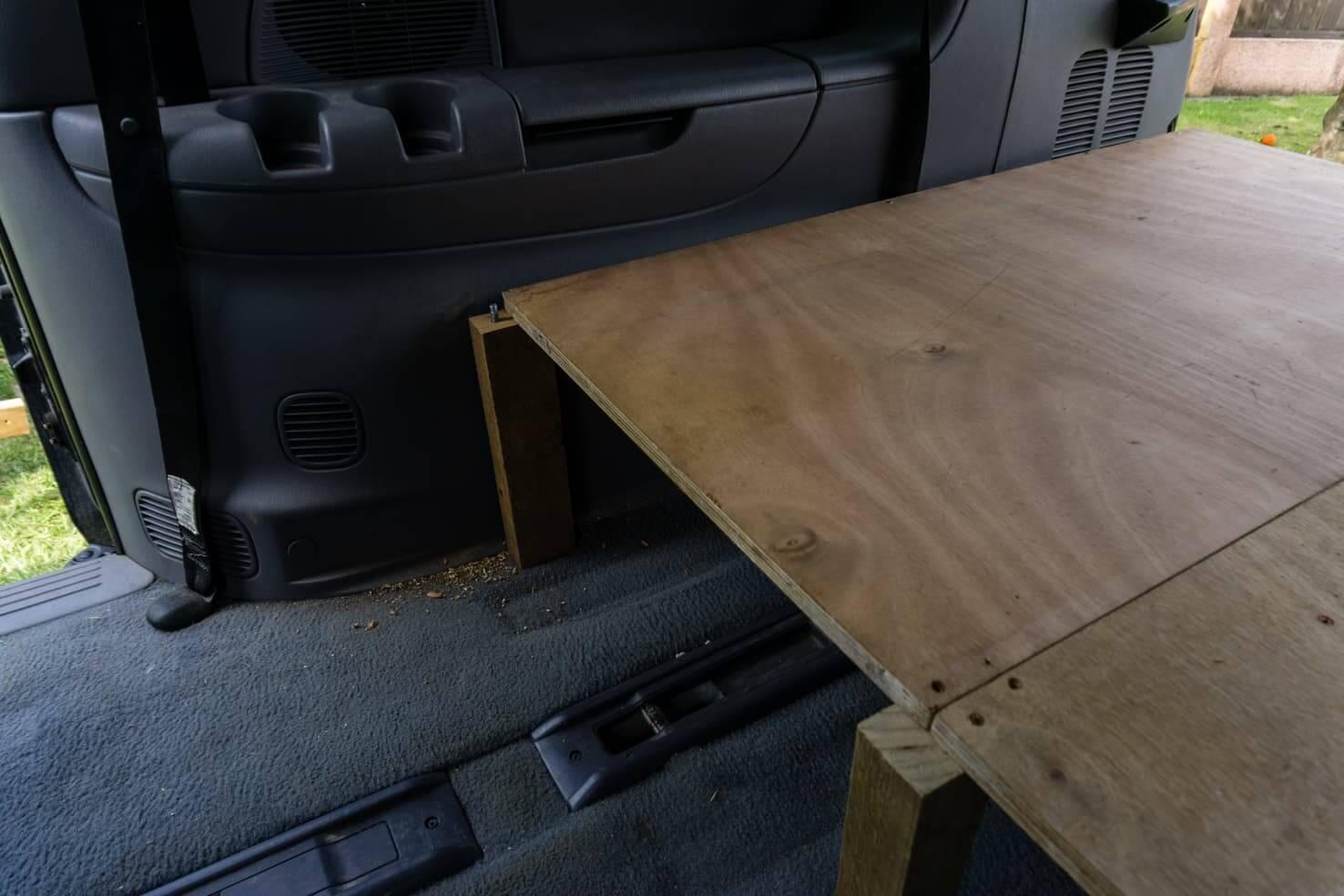 Chrysler Grand Voyager Dodge Grand Caravan minivan camper conversion