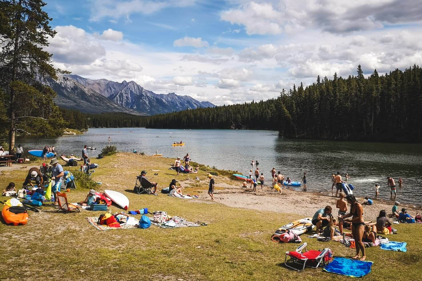 100 things to do in Banff National Park, Canada - Relax at Johnson Lake or jump in for a swim