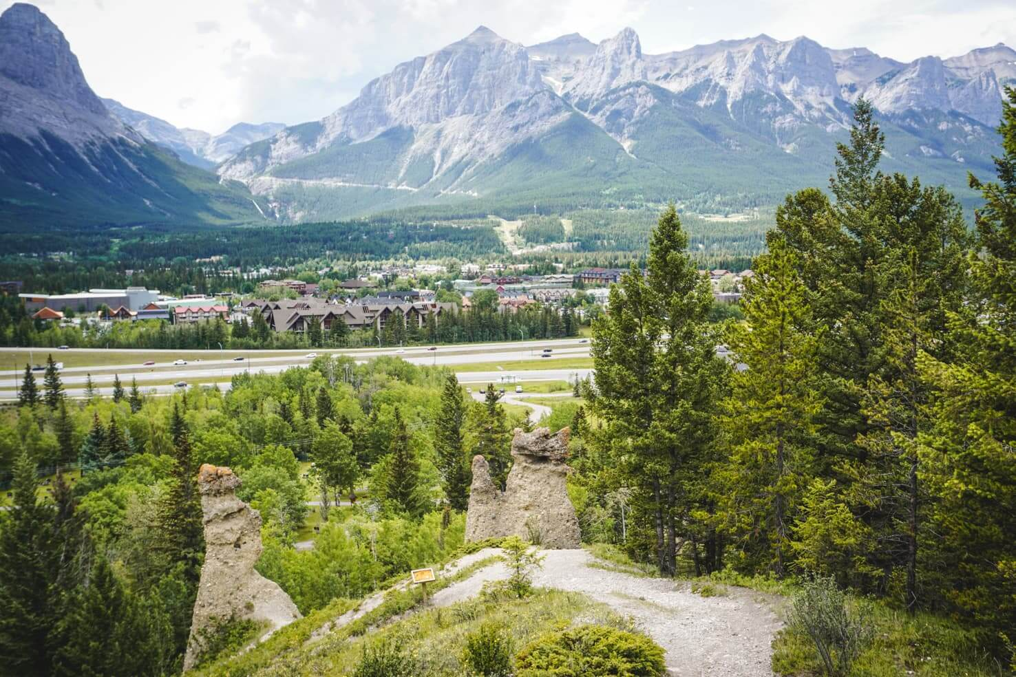 20 things to do in Canmore - visit sandy Hoodoos