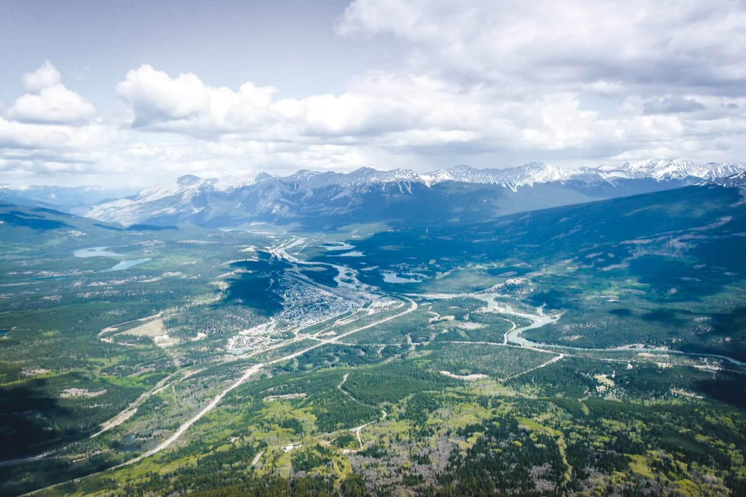 Adventure travel guide to Jasper National Park - town of Jasper