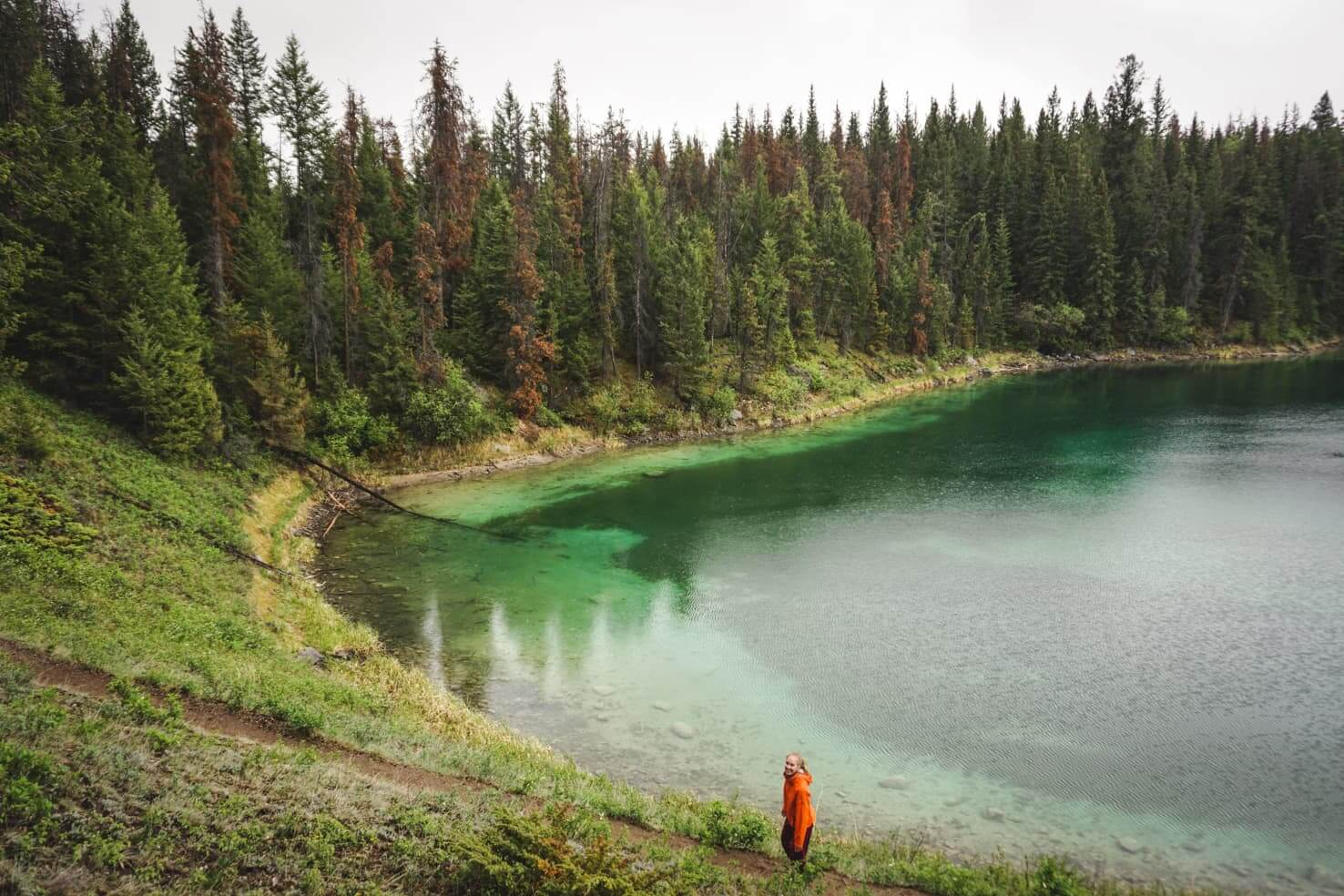Adventure travel guide to Jasper National Park - Valley of the Five Lakes