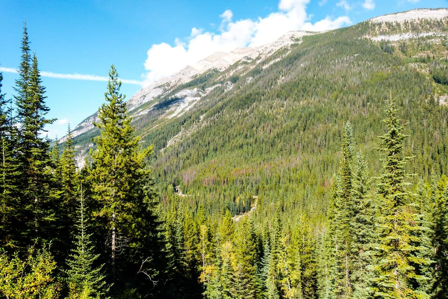 Adventure travel guide to Yoho National Park - Spiral Tunnel