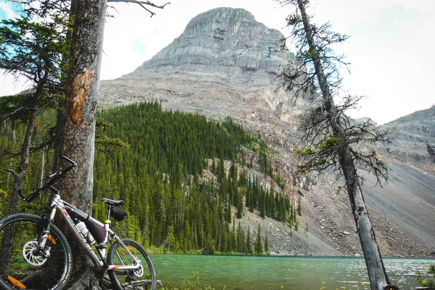 Adventure travel guide to Yoho National Park - mountain biking to Ross Lake