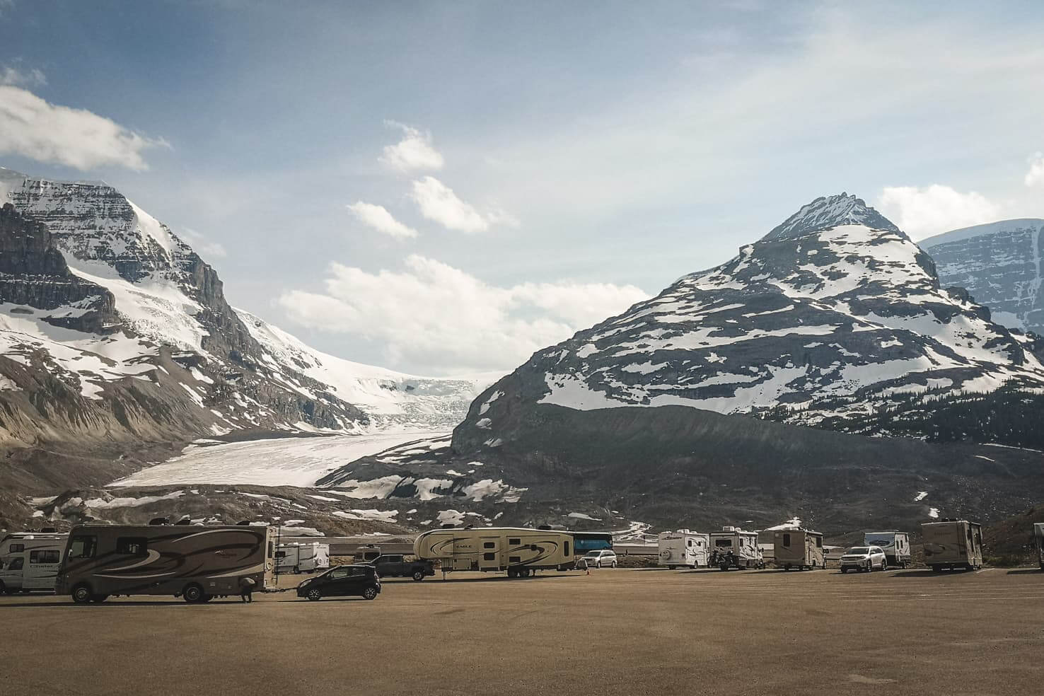 Camping in Jasper National Park - Icefield Centre