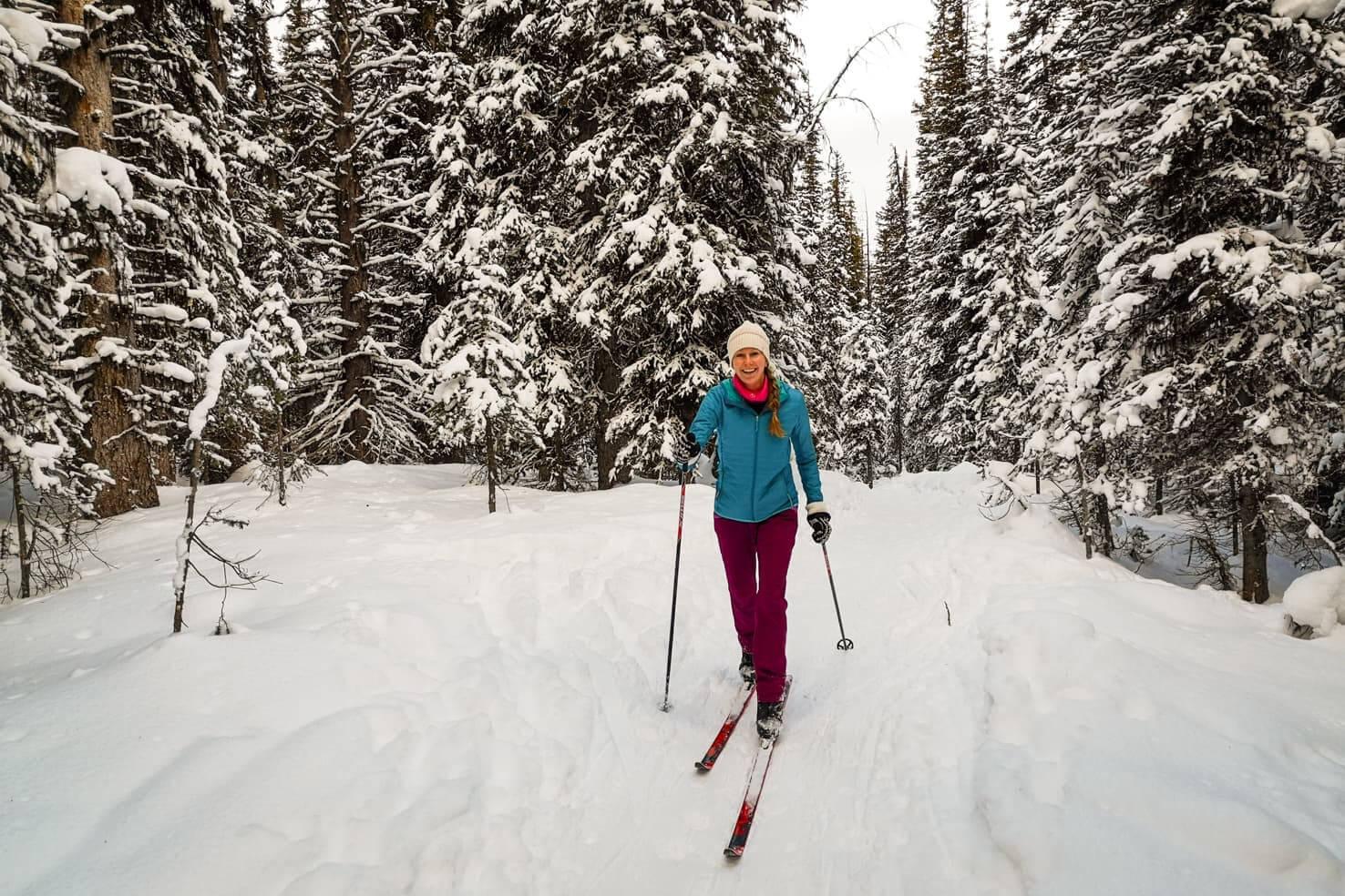 Cross country ski trails in Kananaskis - Chester Lake