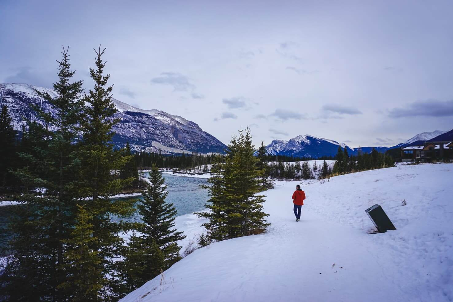 Winter Hikes in Canmore - Three Sisters Pathway