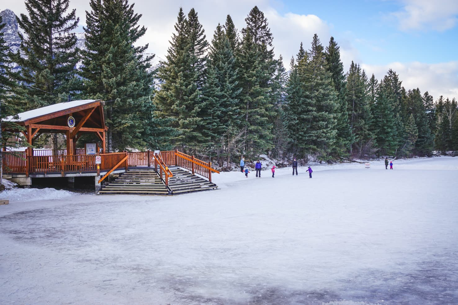 best things to do in Canmore in winter